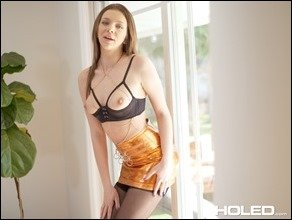 holed-tiffany-watson-shiny-01