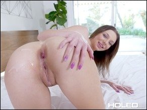 holed-tiffany-watson-shiny-27
